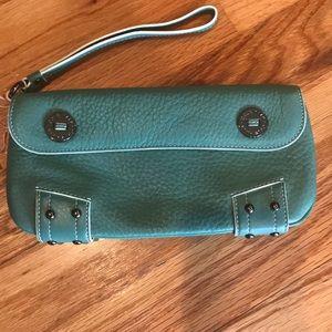 ColeHann Womens Wallet/wristlet